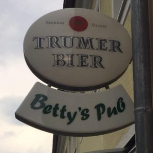 Betty's Pub